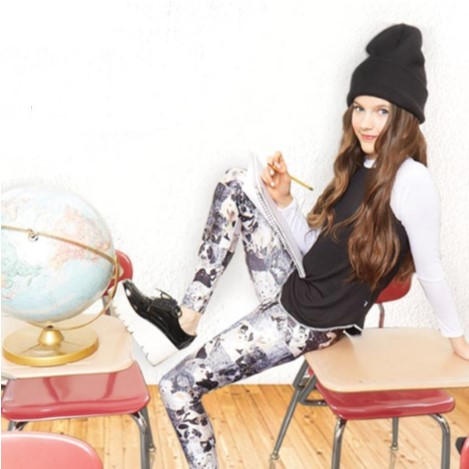 Girls Black and White Puppies Leggings